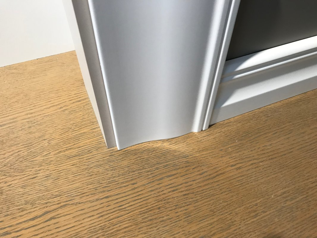 Krāsotas durvju aplodas 20x120mm komplekts (2,5.gab.)